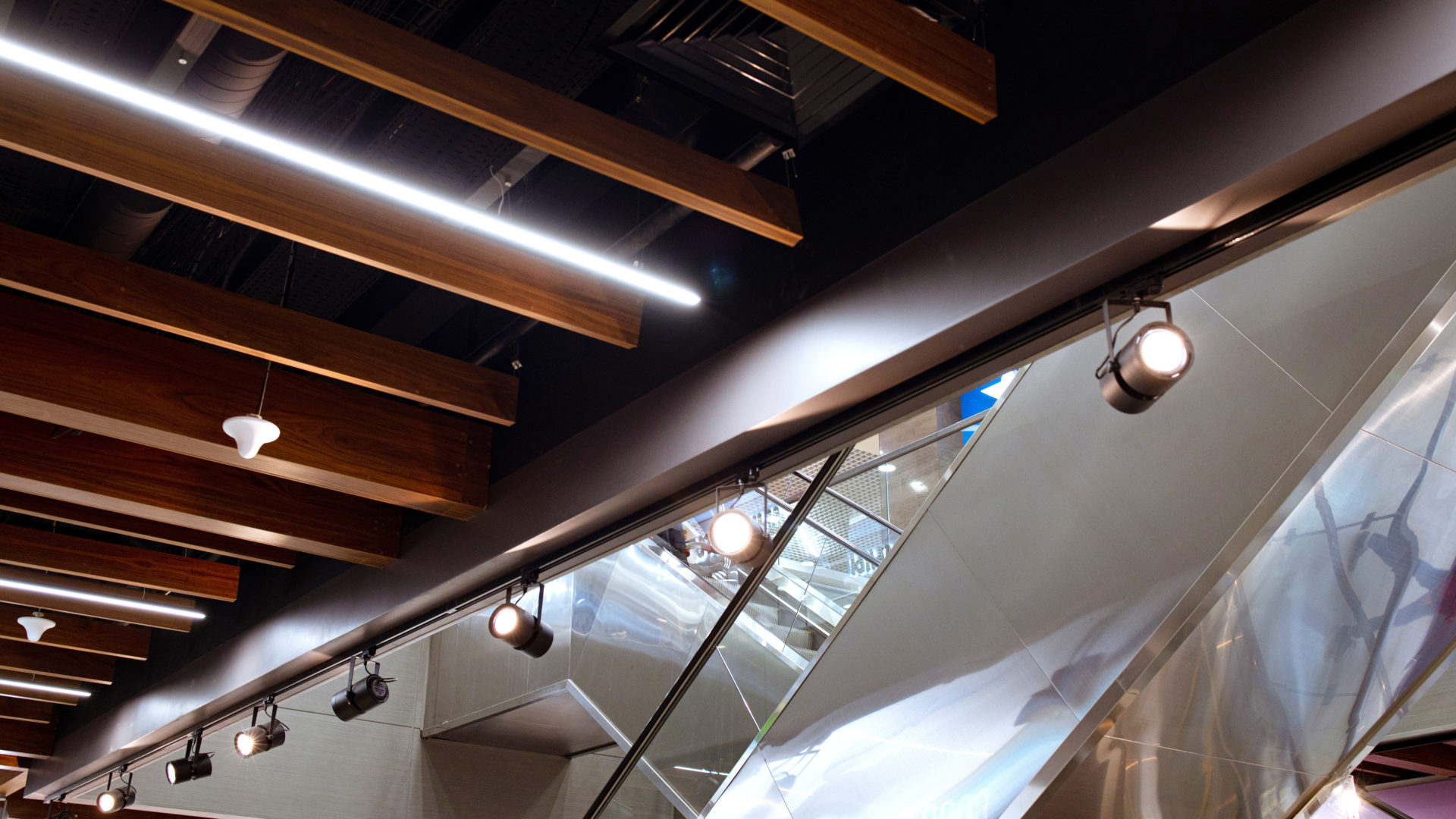 Shopping center led lighting. Ceiling lights in the mall. Ventilation and fire alarm system.